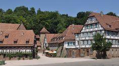 Un monasterio y pueblo en Alemania que parece un sitio de cuento (Maulbronn)