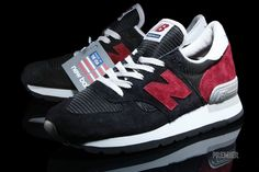 New Balance 990 Black Red