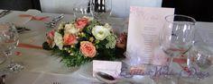 Esküvői dekoráció- barack esküvői dekoráció, esküvői menükártya