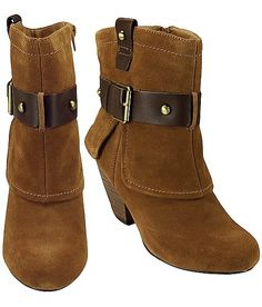 Naughty Monkey Gadget Short Boot - retails at $90 on buckle.com, got em for 6!! oh yeaaa