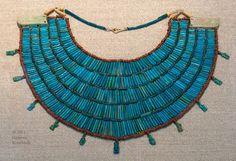 Collar funerario. #Egipto ca.650-300. Elaborado con cuentas de cerámica vidriada,  Vía www.KornbluthPhoto.com