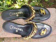 Elegante raro Chanel CC catena Turnlock di Lookin4Bargins su Etsy