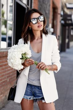 VivaLuxury - Fashion Blog by Annabelle Fleur: BASICALLY BLACK & WHITE - STUART WEITZMAN The Leman oxford | IRO Abril blazer | ILLESTEVA Boca mirrored sunglasses | CHANEL Boy flap bag in perforated leather | GABRIEL & CO bracelets & rings August 21, 2015