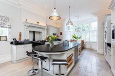 Wimbledon Mansion - traditional - Kitchen - London - Chris Snook