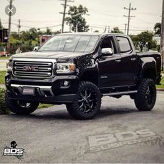 2015 lifted GMC canyon