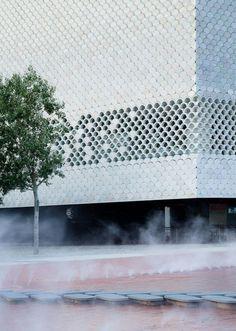 Ampliación Oceanário in Lisbon by Pedro Campos Costa with perforated white ceramic facade. Ceramic Materials, Costa, White Ceramics, Google Images, Sustainability, Facade, Entrance, Architecture, Creative
