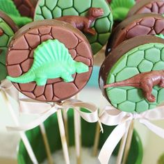 28 ideas for party look cool Dinosaur Birthday Party, 4th Birthday Parties, Birthday Fun, Jurassic Park Party, Safari Party, Die Dinos Baby, Birthday Photos, Look Cool, Cookie Pops