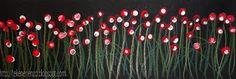 Tekenen en zo: Bloemen in het veld Benodigdheden: zwart knutselpapier 20 bij 8 cm kleurpotloden plakkaatverf schoteltje wattenstaafjes Teken bloemenstelen en bladeren op het zwarte vel met verschillende kleuren groen kleurpotlood. Doe plakkaatverf op een schoteltje en stempel met een wattenstaafje bloemblaadjes tussen en boven de stelen.