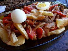 PIQUE MACHO INGREDIENTES: 1 Kg. pulpa blanca (pulpa de cadera) ¼ Kg. de salchichas 2 papas medianas 2 cebollas grandes 1 tomate 1 ...