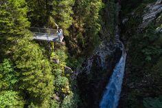 Erleben Sie die Natur bei abwechslungsreichen Wanderungen. Berg, Summer Vacations, Hiking, Nature