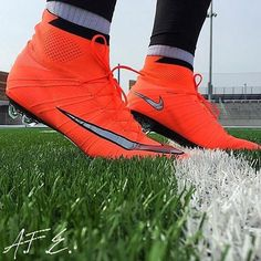 Great picture by @_footballism @armandinho10_football from the newest #mercurialsuperfly4 from the #metalflashpack from #nike Use #cleatz77 in your pictures for a feature or just Dm me #cleatz77 #pdsbootroom #sbspotlight #mercurialsuperfly #mercurial #nikefootball