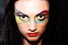 Trabalho de direção de arte em fotografia com referência aos fotógrafos Ian Crawford e Alexander Straulino - A influência das cores