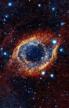Hubble Space Telescope - The Helix Nebula in the constellation of Aquarius about 700 light-years away, spanning about parsecs - light-years-this looks like an eye that I still don't know how to draw Helix Nebula, Planetary Nebula, Galaxy Wallpaper, 4k Wallpaper Android, Nebula Wallpaper, Jupiter Wallpaper, Retina Wallpaper, Wallpaper Space, Star Wallpaper