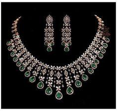 Indian Gold Jewellery Design, Indian Wedding Jewelry, Indian Weddings, Indian Jewelry, Bridal Jewelry, Real Diamond Necklace, Diamond Jewelry, Diamond Earrings Indian, Temple Jewellery