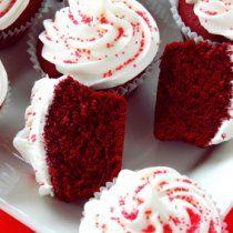 Receta de Cupcakes Rojos con Betun de Queso Crema