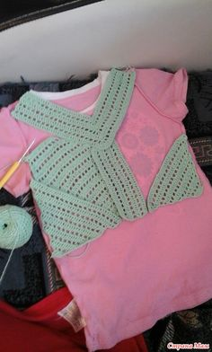 Crochet Blouse, Crochet Top, Baby Knitting Patterns, Crochet Patterns, Crochet Bedspread, Heart Patterns, Crochet Clothes, Crochet Stitches, Baby Dress