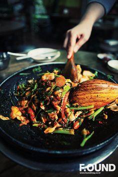 Korean Spicy Squid (Bul Ojingeo, 불오징어)
