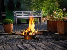 Install Outdoor Gas Fireplace Kits for Your Home Outdoor Fireplace Plans, Fireplace Kits, Outdoor Fireplace Designs, Portable Fire Pits, Modern Fire Pit, Fire Pit Designs, Backyard Lighting, Fire Pit Backyard, Outdoor Kitchen Design