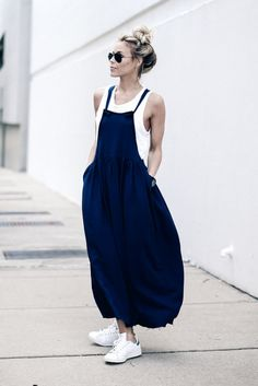 Navy  DRESS ℅ URBAN OUTFITTERS | TOP CURRENT ELLIOTT | SNEAKERS ADIDAS | EYEWEAR RAY BAN Happily Grey