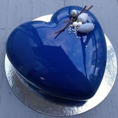 What colour is your dream? #тортназаказ #ванкувер #зеркальнаяглазурь #канадароссия #cakes #heart #chefsofinstagram #vancity #vancouver #vancityexotics #vancityeats #mirrorglaze #love #stvalentinesday #pastry_inspiration #chefstalk