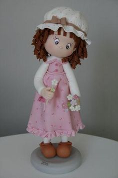 девочек-Girl Cake topper figurines - Мастер-классы по украшению тортов Cake Decorating Tutorials (How To's) Tortas Paso a Paso Polymer Clay People, Polymer Clay Figures, Polymer Clay Dolls, Polymer Clay Projects, Polymer Clay Creations, Porcelain Dolls For Sale, Porcelain Clay, Cold Porcelain, Box Surprise