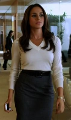 """Rachel Zane, a character from """"Suits"""" is a paralegal in a high powered law firm. A great look, but we do not  all do Pilates all the time. And you certainly can't move and work like a regular woman in this outfit, but you can copy it!"""