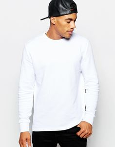 So this may be a little basic compared to the other jumpers I showed you. But we need our quality basics guys! See this as your white t-shirt of the winter! Perfect for layering under a check shirt or for extra warmth under a jumper.