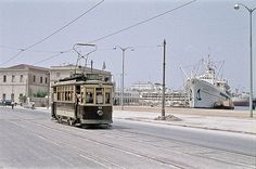 Pireaus, July 1959 and the old trams Greece Pictures, Old Pictures, Bauhaus, Greece History, Old Time Photos, Good Old Times, Athens Greece, Old City, Historical Photos