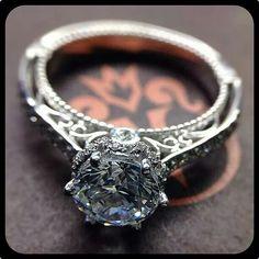 Capri Jewelers Arizona ~ www.caprijewelersaz.com Absolutely gorgeous verragio ring!