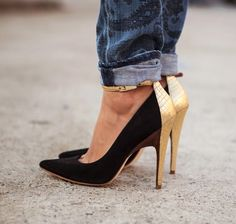 It's all about the heels- Black shoes with golden heels for winter 2013
