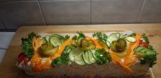 Vegaanikakku. 😁 Sushi, Ethnic Recipes, Food, Essen, Yemek, Meals