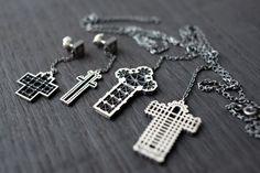 Вот те крест  http://tutdesign.ru/cats/arhi/20273-vot-te-krest.html  Коллекция украшений Сathedrals к католическому Рождеству, например. #christmas #weinnachten #cross #russiandesign