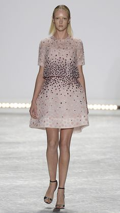 Again, couldn't imagine ever getting to wear it, but I love it. Monique Lhuillier Spring/Summer 2015 via @stylelist