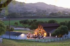 Fine Art Santa Barbara Wedding and Portrait Photography by Lucia Gill Photography » Mikey+Chelsea's Gorgeous Greengate Ranch & Vineyard Wedding - Lucia Gill Photography