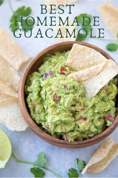 Learn how to make the best guacamole with this recipe! Learn how to make the best homemade guacamole with this recipe! This genuine guacamole recipe turns out perfectly every time, and it's so easy to make. Authentic Guacamole Recipe, Best Guacamole Recipe, Avocado Recipes, Homemade Guacamole Easy, How To Make Guacamole, Healthy Appetizers, Appetizer Recipes, Healthy Snacks, Healthy Recipes