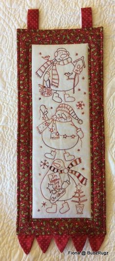 This snowman wallhanging ...... ... is my 1 Christmas Item this month hosted by Narelle ..... ..... it is also my Christmas gi...
