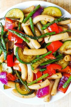 Phase 1 or 3 - Healthy Pasta Salad with Pan-Roasted Vegetables: Omit the optional sprinkle of Parm, and use 2 cups cooked Phase 3 pasta to serve Vegetable Pasta Salads, Vegetable Recipes, Vegetarian Recipes, Cooking Recipes, Healthy Recipes, Roasted Vegetable Pasta, Vegetarian Appetizers, Healthy Pastas, Healthy Vegetables