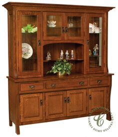 Custer 4 Door Hutch Shown In Quartersawn White Oak With Ed Le From