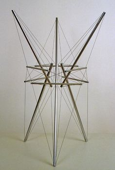 Tallstar Kenneth Snelson 1979