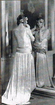 Marchesa Luisa Casati - 1920′s