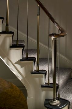New Ideas For Interior Stairs Design Stairways Newel Posts Modern Stair Railing, Staircase Handrail, Stair Railing Design, Iron Stair Railing, Interior Staircase, Metal Stairs, Modern Stairs, Banisters, Handrail Ideas
