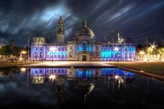 Cardiff City Hall - Cathays Park - Cardiff, South Wales, UK