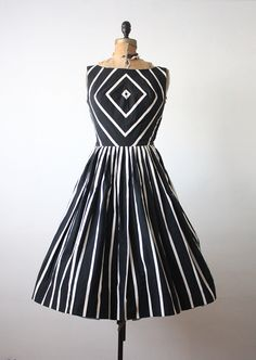 1950's dress - geometric chevron 50s dress