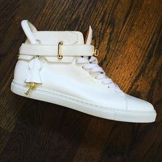 #newarrival #buscemi size 10 $469. Text the shop at 415-609-1896 for purchase #sneakers #sneakerholics #fallfashion #fallmusthaves #wwd #berkeley #designersales #designer #nyfw