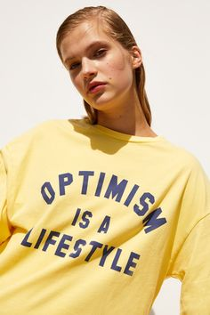 Funny Shirts Women, Funny Tee Shirts, Boys T Shirts, T Shirts For Women, Graphic Studio, Buy T Shirts Online, Silkscreen, Zara, T Shorts