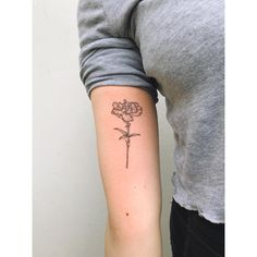 Carnation flower tattoo by Zaya Hastra inked on the right arm Finger Tattoo – Top Fashion Tattoos Arm Tattoos, Finger Tattoos, Sleeve Tattoos, Carnation Flower Tattoo, Lotus Flower, Watercolor Flower, Beautiful Flower Tattoos, Subtle Tattoos, Make Tattoo