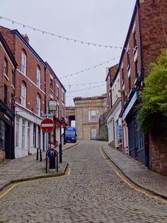 Macclesfield church hill way