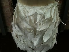 Vicky Tail feathers detail