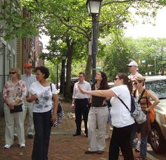 Enjoy fun & unique food tasting & cultural walking tours in Old Town Alexandria, located only across the Potomac from #Washington DC. Teaming with restaurants, nightlife and other activities while being surrounded by 18th and 19th century buildings, the area is an ideal combination of old and new.