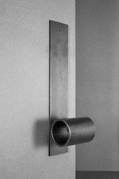 tKnobler Passage Door Handle Set -Tom Kundig Collection – Avenue Iron Inc. Door Pulls, Knobs And Pulls, Door Knobs, The Doors, Entry Doors, Joinery Details, Door Handle Sets, Iron Doors, Vintage Design
